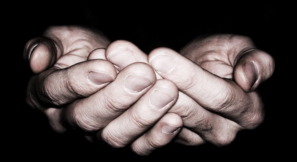 serving-hands